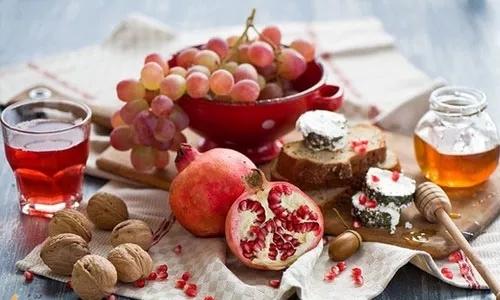 新鲜水果还是干果的营养价值高
